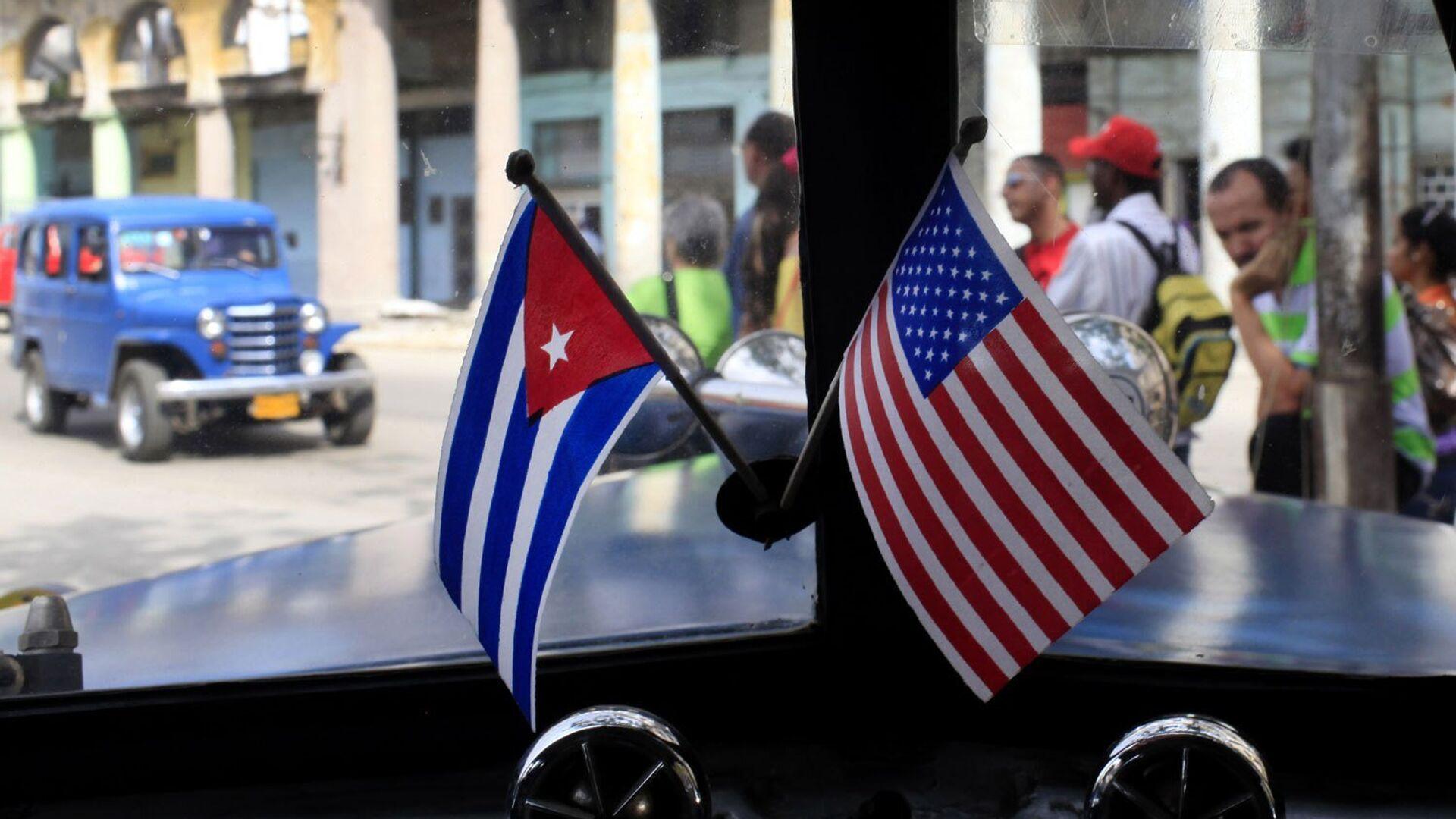 Banderas de EEUU y Cuba - Sputnik Mundo, 1920, 23.07.2021