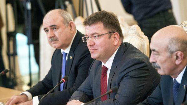 Встреча глав МИД РФ и Южной Осетии С.Лаврова и Д.Санакоева - Sputnik Mundo