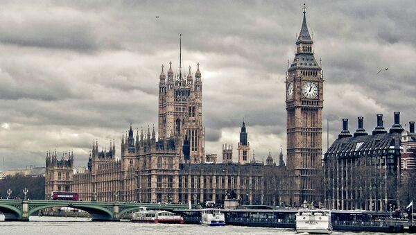 Cámara de los Lores critica a Cancillería inglesa por desminuir papel de Rusia en Ucrania - Sputnik Mundo