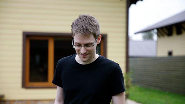 Edward Snowden, extécnico de la CIA - Sputnik Mundo