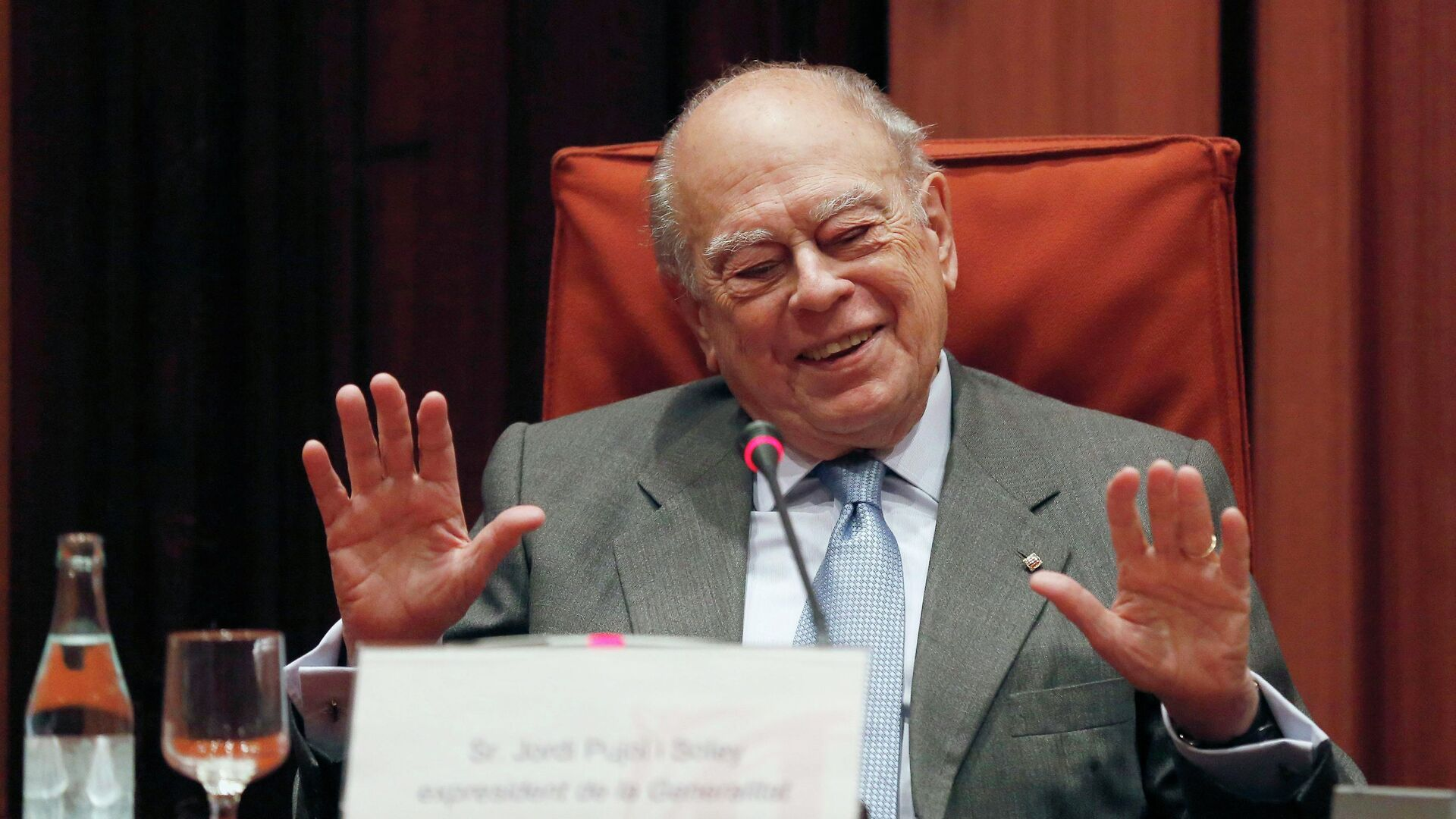 Catalonia's former president Jordi Pujol appears before a commission investigating tax evasion and money laundering at the Catalan Parliament, in Barcelona February 23, 2015 - Sputnik Mundo, 1920, 16.06.2021