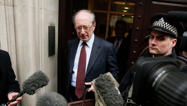 Malcolm Rifkind leaves the Intelligence and Security Committee in central London  - Sputnik Mundo