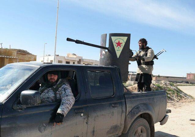 Militantes del grupo yihadista Estado Islámico