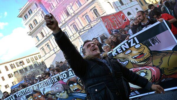 En Roma se celebra un mitin multitudinario contra la política del primer ministro Renzi - Sputnik Mundo