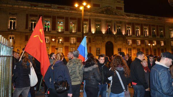 Concentración en Madrid en apoyo a los detenidos por participar en el conflicto de Ucrania - Sputnik Mundo