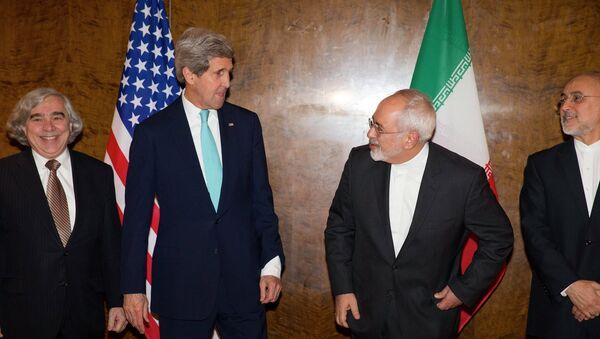 Negociaciones entre John Kerry y Mohammad Javad Zarif sobre programa nuclear de Irán - Sputnik Mundo