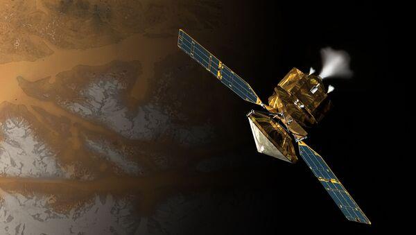 Satélite científico Mars Reconnaissance Orbiter en la concepción artística, proporcionada por la NASA - Sputnik Mundo