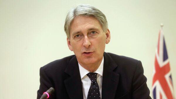 Philip Hammond, ministro de Exteriores de Reino Unido - Sputnik Mundo