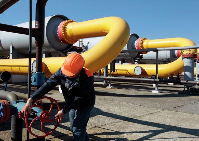 Gazprom recibe de Ucrania 15 millones de dólares en concepto de pago anticipado por marzo