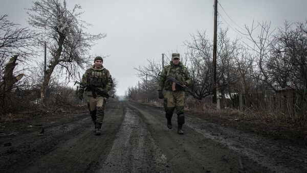Ополченцы Луганской народной республики в поселке Чернухино - Sputnik Mundo