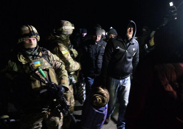 Intercambio de los prisioneros entre ejército de Ucrania y las milicias de RPD (archivo)