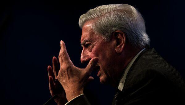 Mario Vargas Llosa, escritor - Sputnik Mundo