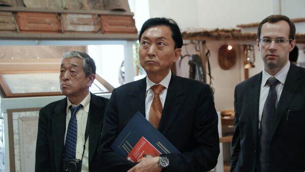 Бывший премьер-министр Японии Юкио Хатояма посетил Крым - Sputnik Mundo