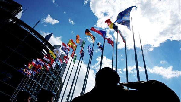 Banderas de la UE en Estrasburgo - Sputnik Mundo