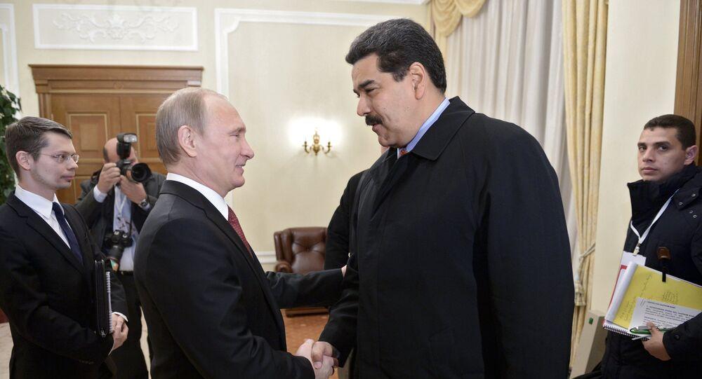 El presidente de Rusia Vladímir Putin y su homólogo de Venezuela Nicolás Maduro (archivo)