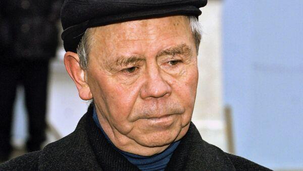 Писатель Валентин Распутин - Sputnik Mundo