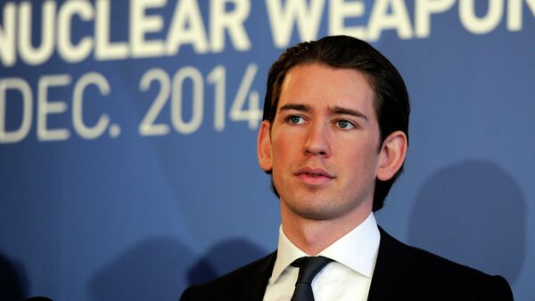 Austria's Minister for Foreign Affairs and Integration Sebastian Kurz speaks at the International conference on the humanitarian impact of nuclear weapons, on December 8, 2014 in Vienna - Sputnik Mundo