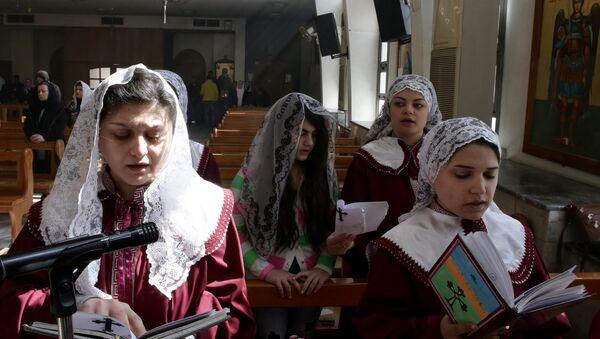 Mujeres asirias - Sputnik Mundo