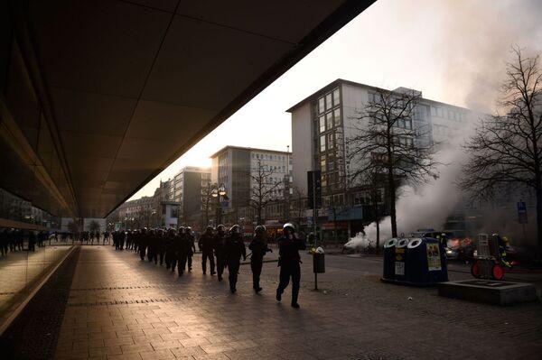 Disturbios en señal de protesta contra la política del BCE - Sputnik Mundo