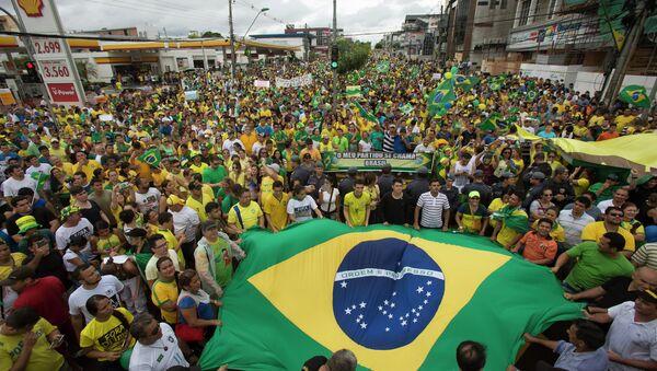 La crisis política facilita el auge del discurso Tea Party en Brasil, según politólogo - Sputnik Mundo