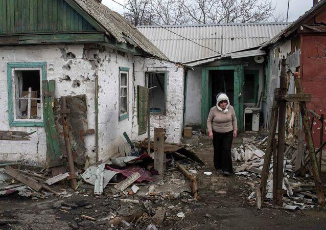 Сasa destruida en Donbás