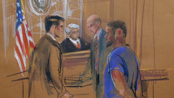 Tairod Nathan Webster Pugh (dcha.) appearing before New York U.S. District Judge - Sputnik Mundo