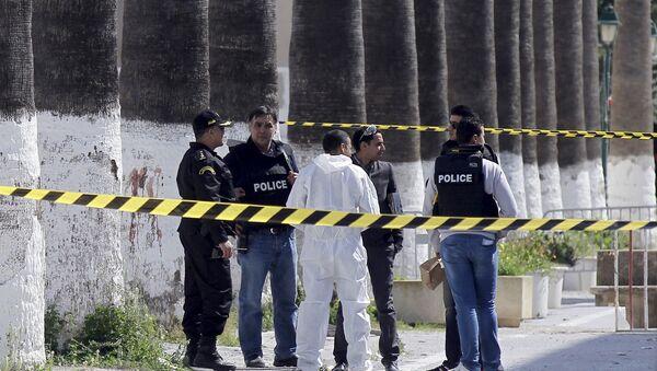 Llegan a España los cruceros en los que viajaban las víctimas del atentado de Túnez - Sputnik Mundo