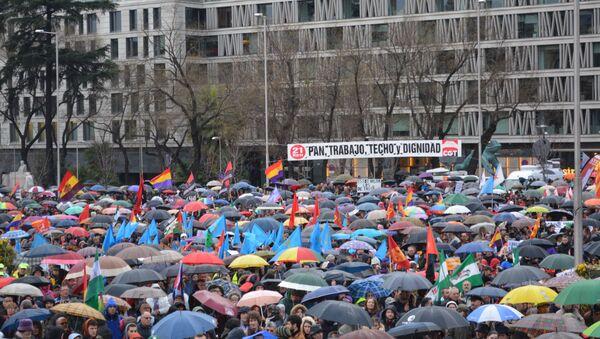 Марша достоинства в Мадриде - Sputnik Mundo