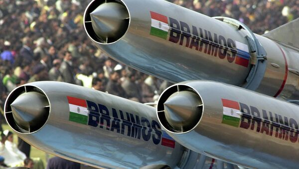 India's supersonic Brahmos cruise missiles - Sputnik Mundo