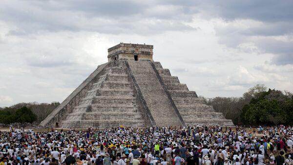 Pirámide de Kukulkán en México - Sputnik Mundo