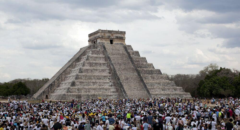 Pirámide de Kukulkán en México