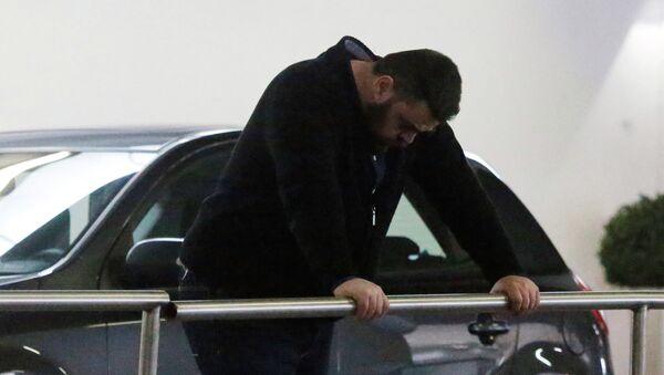 Un próximo de uno de los pasajeros del Airbus A320 siniestrado en Francia - Sputnik Mundo