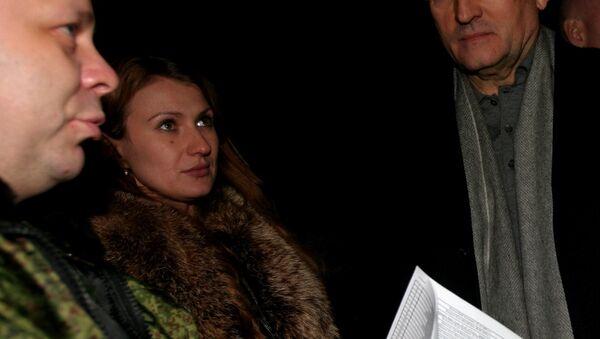Daria Morózova, defensora de los derechos humanos de la RPD, durante el canje de prisioneros - Sputnik Mundo