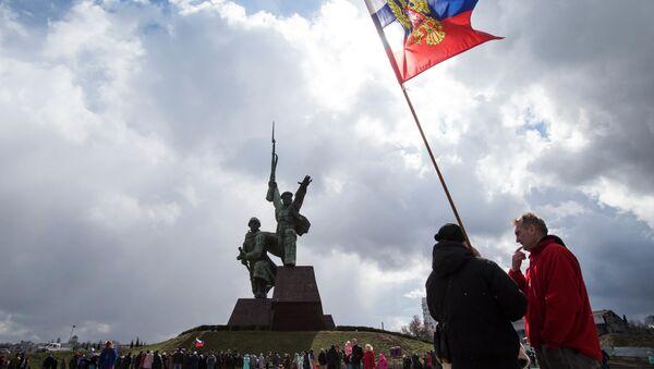 Celebracciones del aniversario de la incorporación de Crimea a Rusia en la ciudad de Sebastopol - Sputnik Mundo