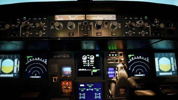 Un simulador del vuelo (Archivo) - Sputnik Mundo