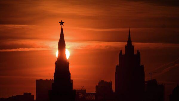 Seguridad checa dice que Moscú crea una nueva Komintern en Europa - Sputnik Mundo