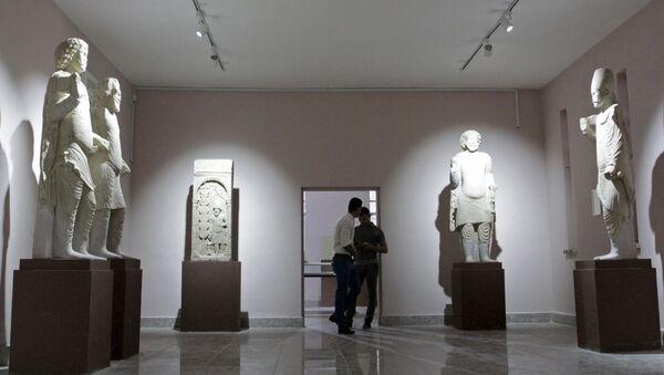 El segundo museo más grande de Irak vuelve a abrir sus puertas después de 24 años - Sputnik Mundo