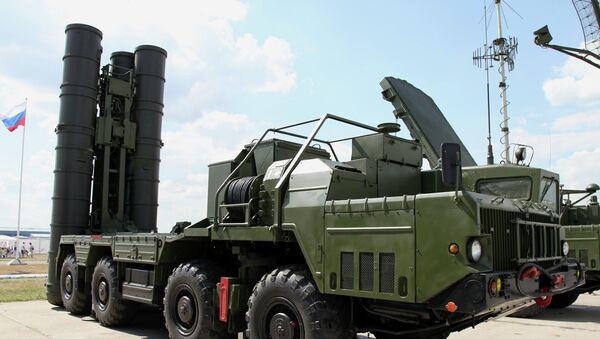 Sistema antiaéreo ruso S-300PMU2 Favorit - Sputnik Mundo