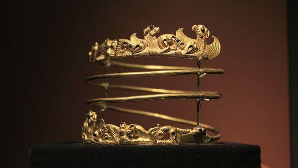 A Scythian gold helmet - Sputnik Mundo