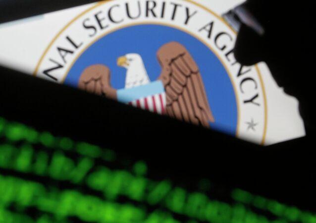 El escándalo de las escuchas de la NSA no afecta a las relaciones de Washington y Berlín
