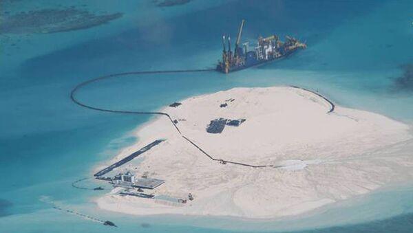 Islas de arena en el Mar del Sur de China - Sputnik Mundo