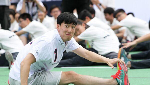 Liu Xiang, atleta y campeón olímpico chino - Sputnik Mundo
