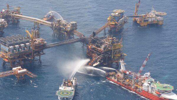 Contratistas causan mayoría de accidentes petroleros, dice un ex director de Pemex - Sputnik Mundo