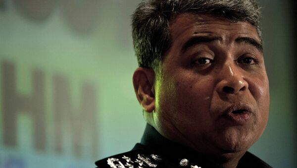 Malaysia's police chief Khalid Abu Bakar answers questions during a press conference at a hotel near Kuala Lumpur International Airport in Sepang on March 16, 2014. - Sputnik Mundo