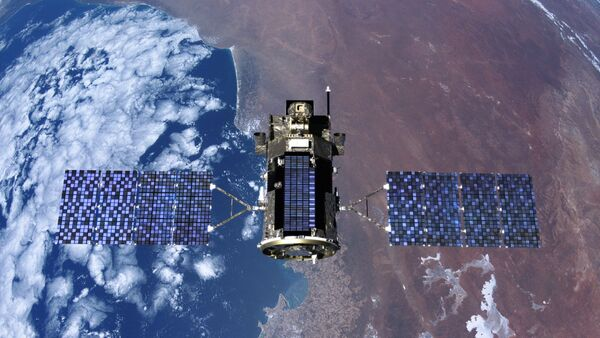 Un satélite en el espacio - Sputnik Mundo