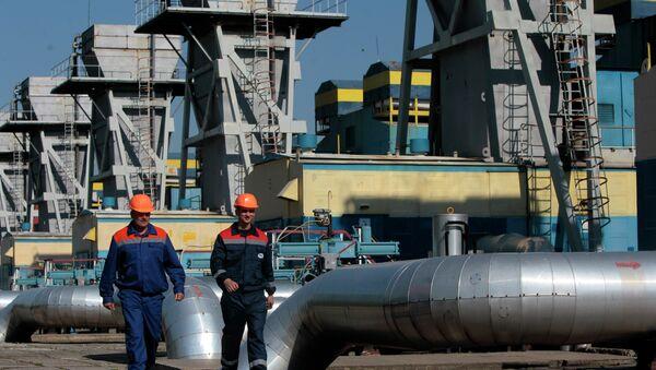 Estación de gas en Ucrania occidental - Sputnik Mundo