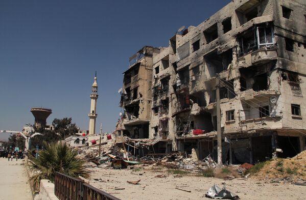 Situación en el campo de refugiados de Yarmuk en las afueras de Damasco - Sputnik Mundo