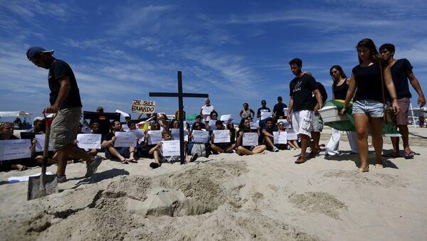Manifestación en Copacabana por Eduardo de Jesús Ferreira - Sputnik Mundo