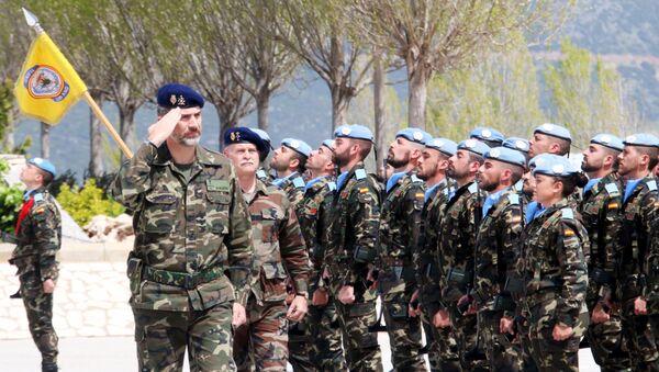 Rey Felipe VI durante su visita a la base militar Miguel de Cervantes - Sputnik Mundo