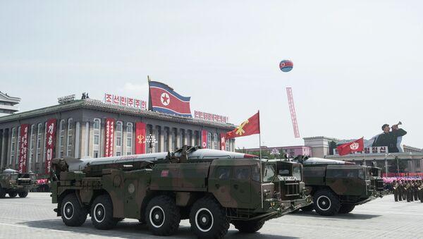 Desfile militar en Pyongyang (archivo) - Sputnik Mundo